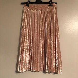 Blush pink velvet pleated midi skirt size Xs